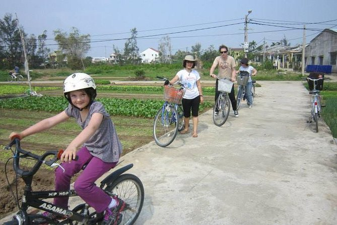Half-Day Da Nang Street Food Bike Tour