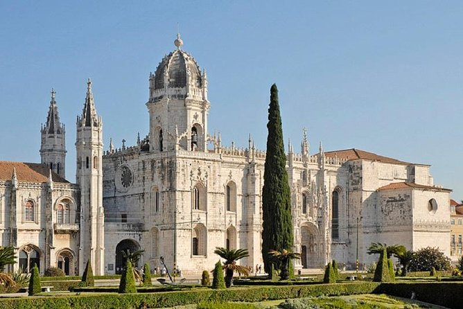 Lisbon City Tour Including Jeronimos Monastery and Tastings