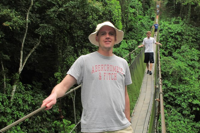 Running and Hiking Tour to Manuel Antonio