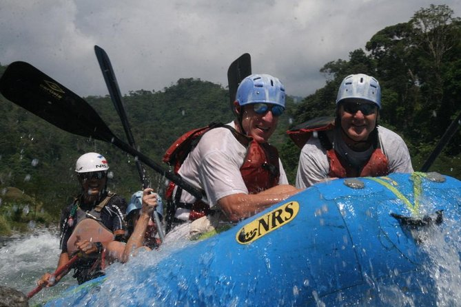 Rafting sur le chemin de Arenal de San Jose