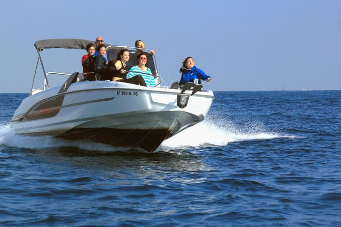 Costa Brava Motorboat Tour including Water Toys
