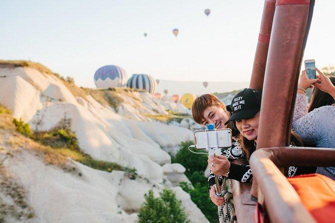 Excursión a Capadocia con paseo en globo aerostático al amanecer