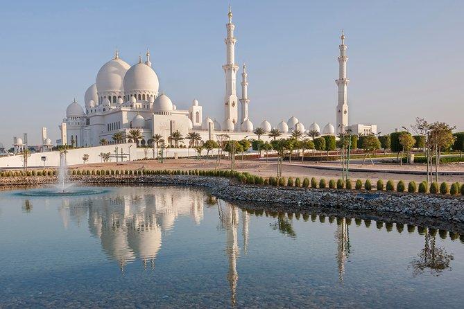 Abu Dhabi: Sheikh Zayed Mosque, Heritage Village, and Souk   Abu