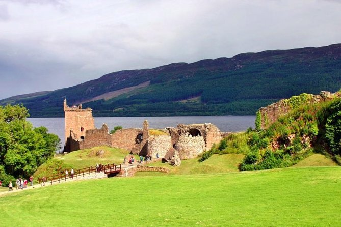 Invergordon Shore Excursion: Loch Ness, Inverness and Urquhart Castle