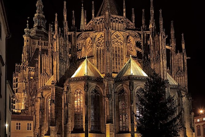 Prague Castle by Night Guided Tour