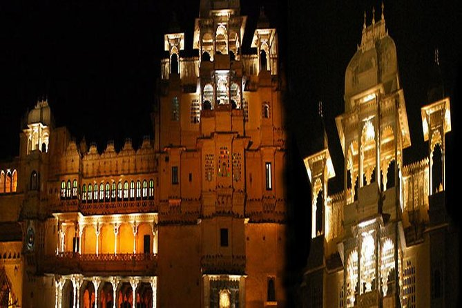 Sound and Light Show at Udaipur's City Palace with Dinner and Transfer