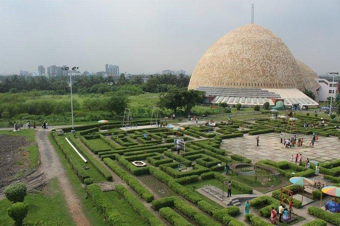 Private Transfer: Kolkata Airport (CCU) to Kolkata Hotels