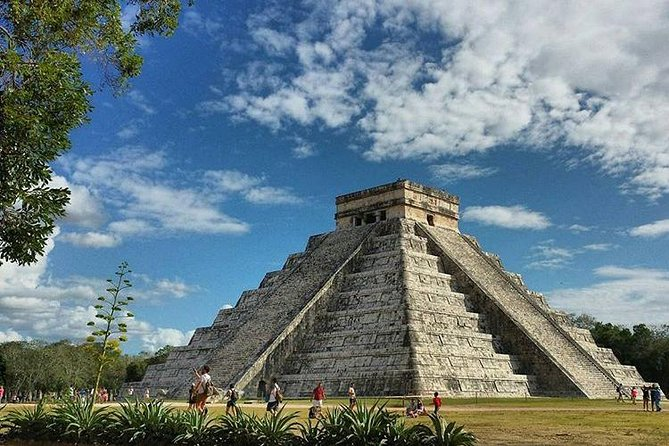 Private Tour With Photographer To Ek Balam And Chichen Itza With Cenote