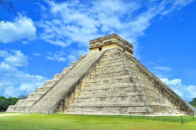 Excursión privada: yacimientos arqueológicos de Tulum, Chichén Itzá y cenote desde Playa del Carmen o Tulum