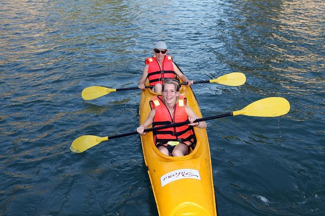 Full-Day Halong Bay Tour Including Kayaking from Hanoi