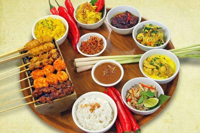 Balinese Rijsttafel Dinner at Warung Nia