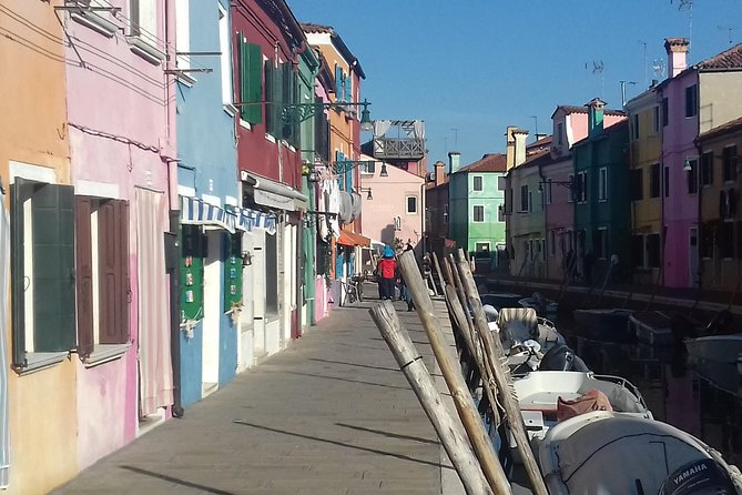 Murano Glass Experience plus Visit to a Burano lace island