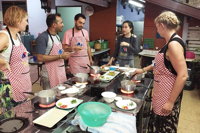 Get instructed by an English and Thai speaking cooking chef