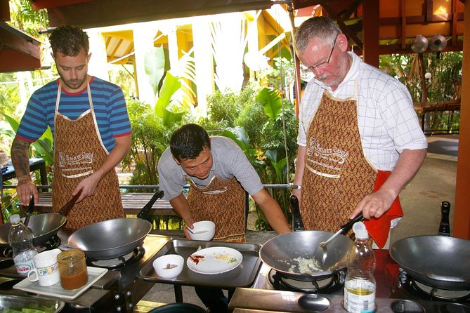 Small-Group Smart Thai Cooking Class in Krabi
