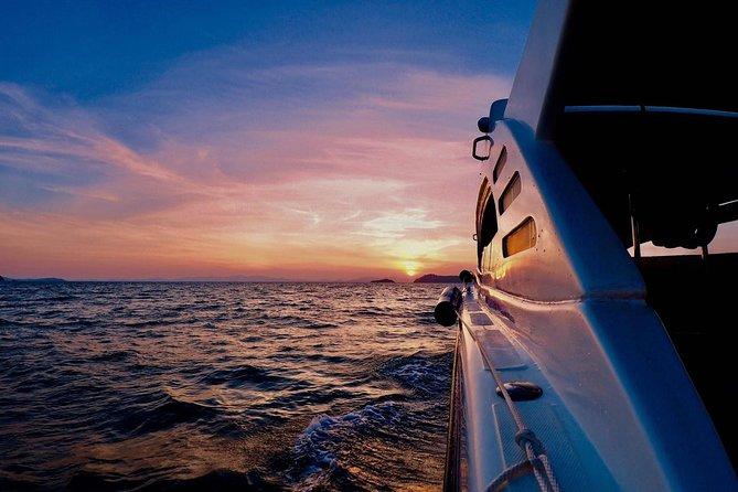 Phang Nga Bay Sunrise Tour from Phuket with Sea Cave Kayaking