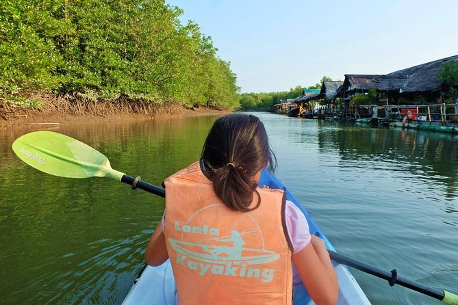 Lanta Mangrove Tour with Sea Cave Kayaking at Koh Talabeng