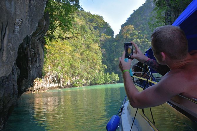 Private Hong Island Speed Boat Tour by Sea Eagle from Krabi