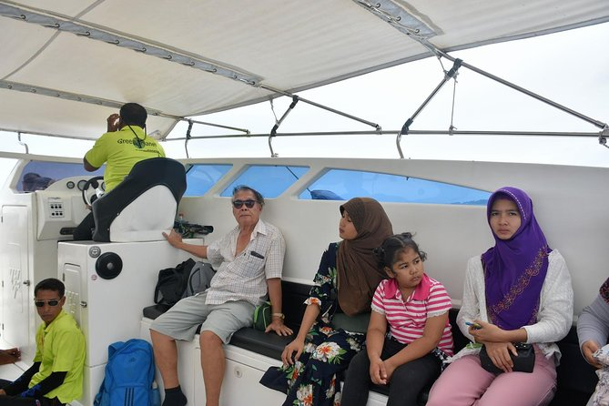 Fast and safe travel with Green Planet Speedboat