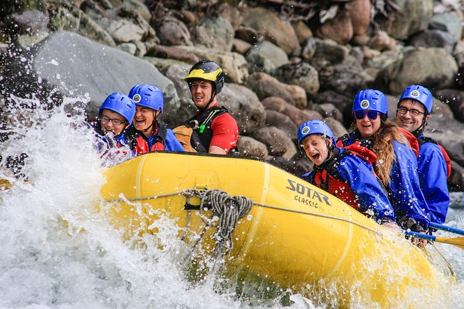 Full-Day Cheakamus Rafting y Sea to Sky Gondola Combo de Vancouver
