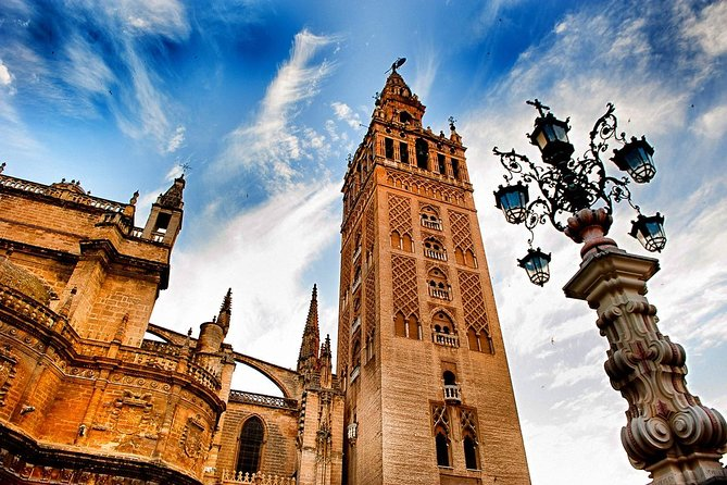 Sevilla Full-Day Tour with Alcazar & Cathedral (Skip-the-line)