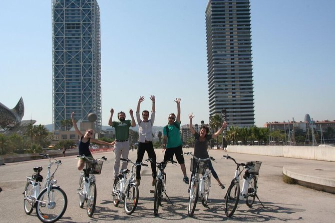 Best of Barcelona Highlights Bike Tour in Small-Group or Private tour