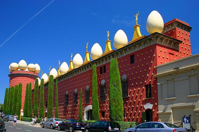 Girona and Dali Museum in Figueres - Small Group Tour with Hotel pickup  from Bcn