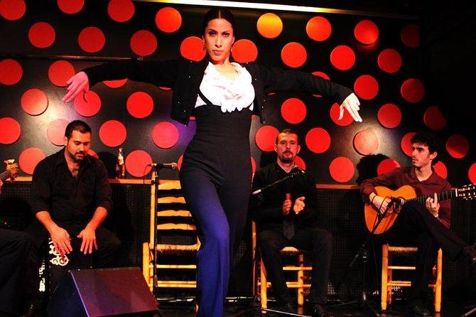 Private Barcelona Tapas Tour and Flamenco Show