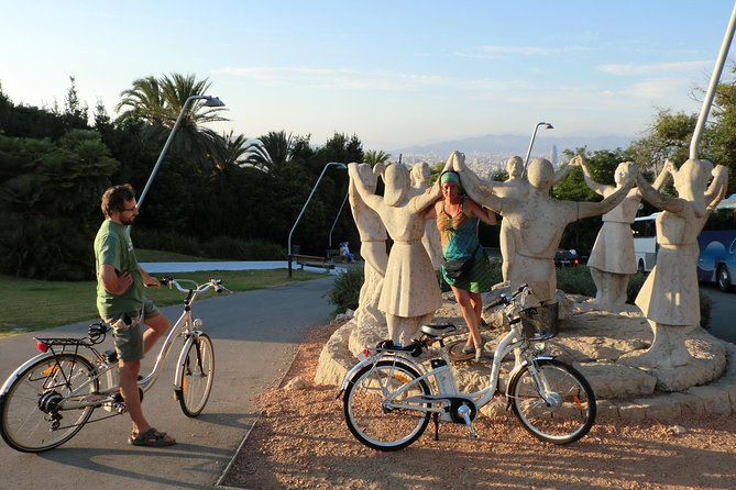 Private Electric Bike Guided Tour in Barcelona
