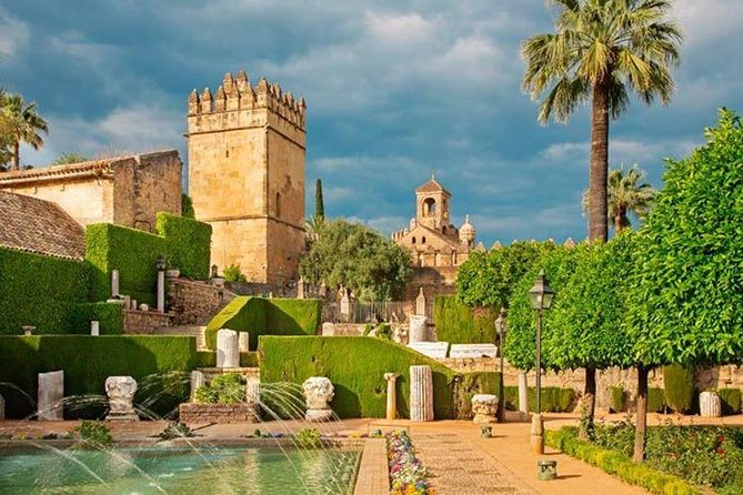 Private Transfer from Seville to Granada with Tour of Cordoba
