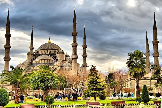 10 Days Turkey Tour: Istanbul, Cappadocia, Pamukkale, Ephesus and Antalya