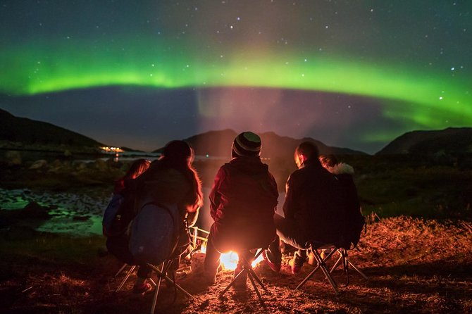 Small group Northern Lights tour - All inclusive - Northern Horizon