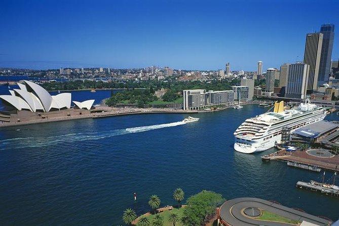 Sydney Port Arrival Transfer: Cruise Port to City Hotel