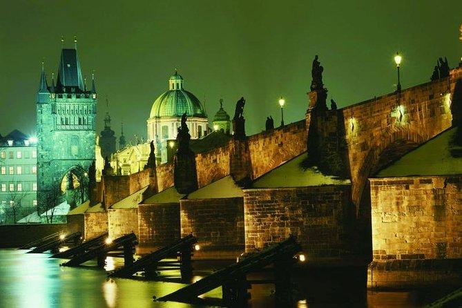 Prague 2-hour Night Dinner Cruise on Vltava River