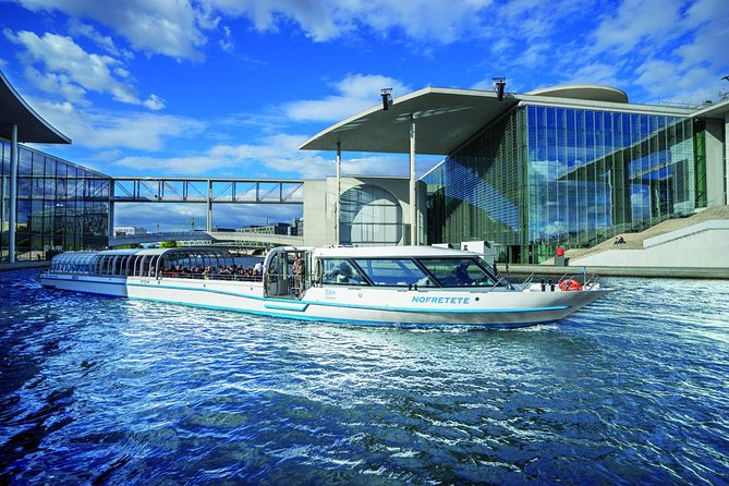 Berlin Hop-On Hop-Off City Circle Tour Including Spree River Boat Cruise