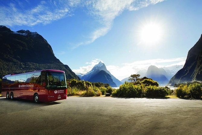 Milford Sound Coach & Nature Cruise with Buffet or Picnic Lunch from Te Anau