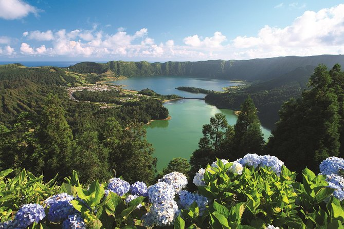 2-Day Hop-On Hop-Off Bus from Ponta Delgada