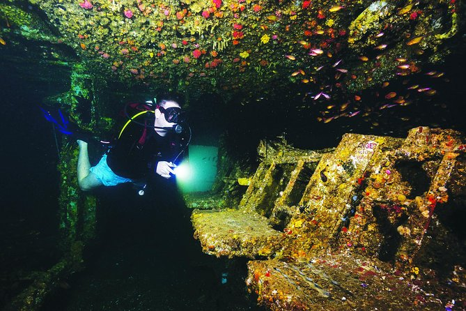 HMAS Brisbane Dive