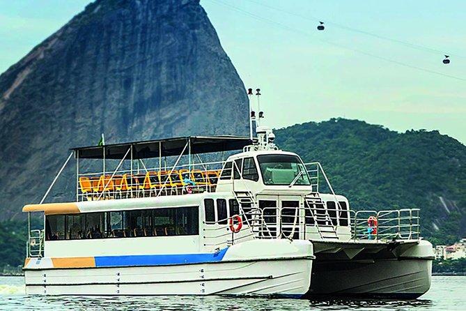 Catamaran Boat trip through the Guanabara Bay in Rio de Janeiro