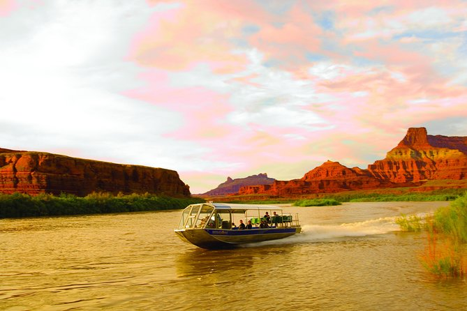 Sunset Jetboat Ride with Dinner on the Colorado River from Moab