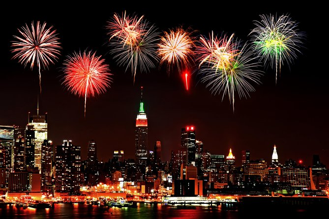 New York City New Year's Eve Fireworks Cruise with Lobster Dinner