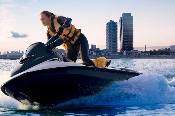 JET SKI EXPERIENCE ALONG THE MEDITERRANEAN