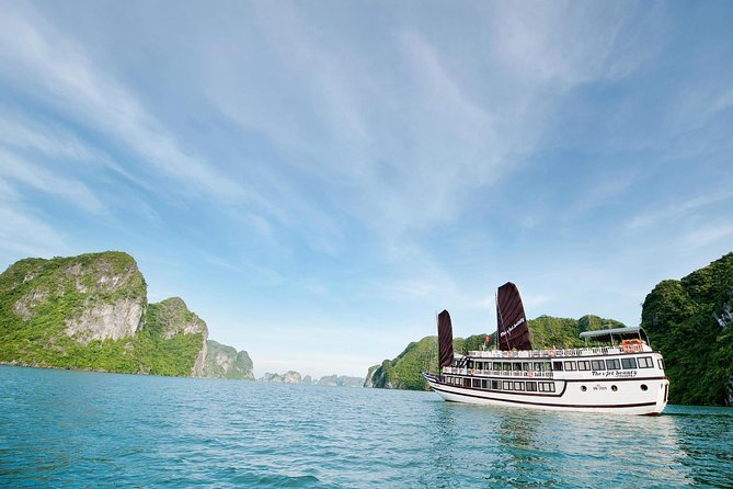 Ha Noi: Enchanting Ha Long and Bai Tu Long Bay 02 days