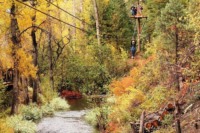 Rafting en aguas bravas de Upper Clear Creek más tirolina en el acantilado desde Idaho Springs