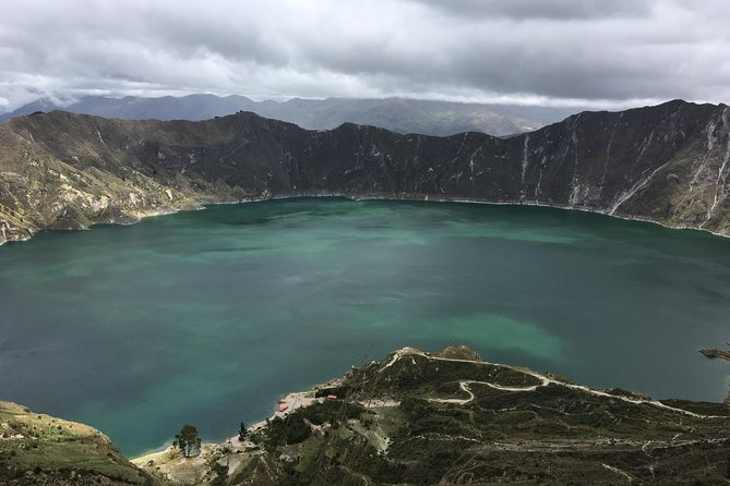 Shared Day Trip to Quilotoa Crater Lagoon from Quito