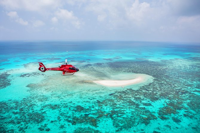 Ultimate Great Barrier Reef and Rainforest 45-minute Helicopter Tour
