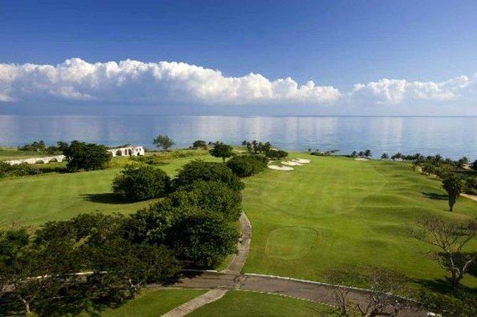 Golfing at Cinnamon Hill