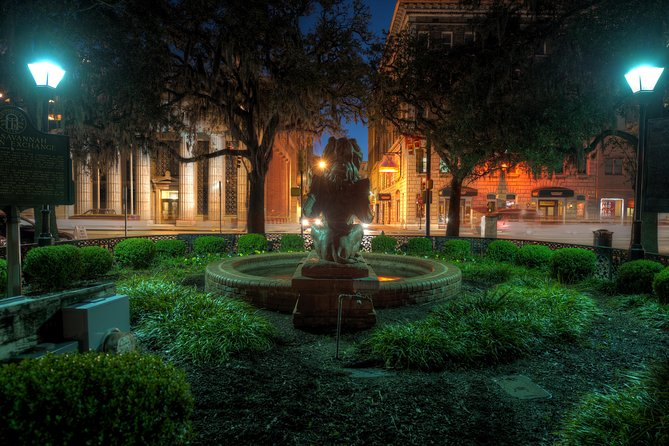 The Grave Tales Ghost Tour in Savannah