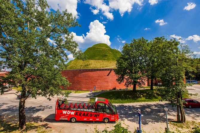 Hop on Hop off bus & HistoryLand exhibition - 1 Day Ticket - WOW KRAKOW