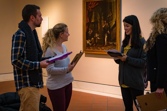 Small-Group Walking Tour of the Museum of Fine Arts in Seville
