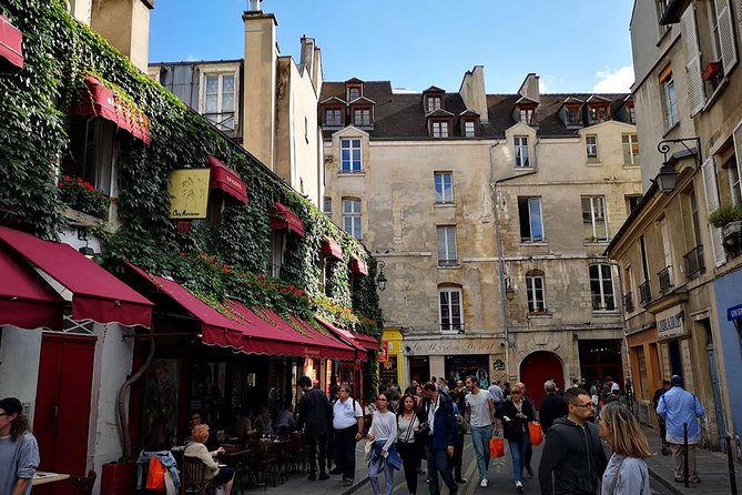 LGBT Experience - Marais Walking Tour
